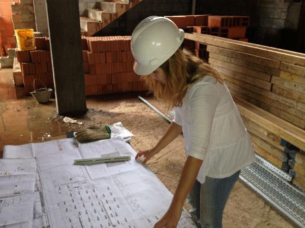 Mais mulheres na engenharia, apesar das dificuldades