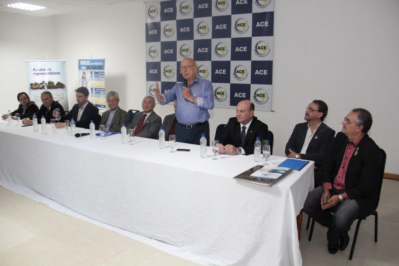 ACE promove evento com lideranças em celebração aos 90 anos da Ponte Hercílio Luz