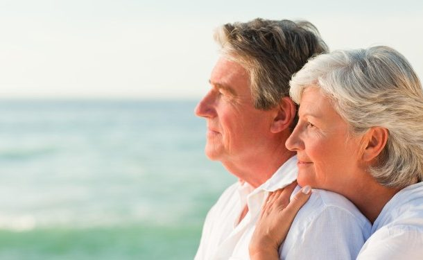 Diferença na idade entre homem e mulher pode cair para três anos na aposentadoria