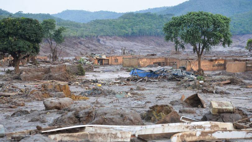 Barragem da Samarco recebeu lama antes de início oficial de operação