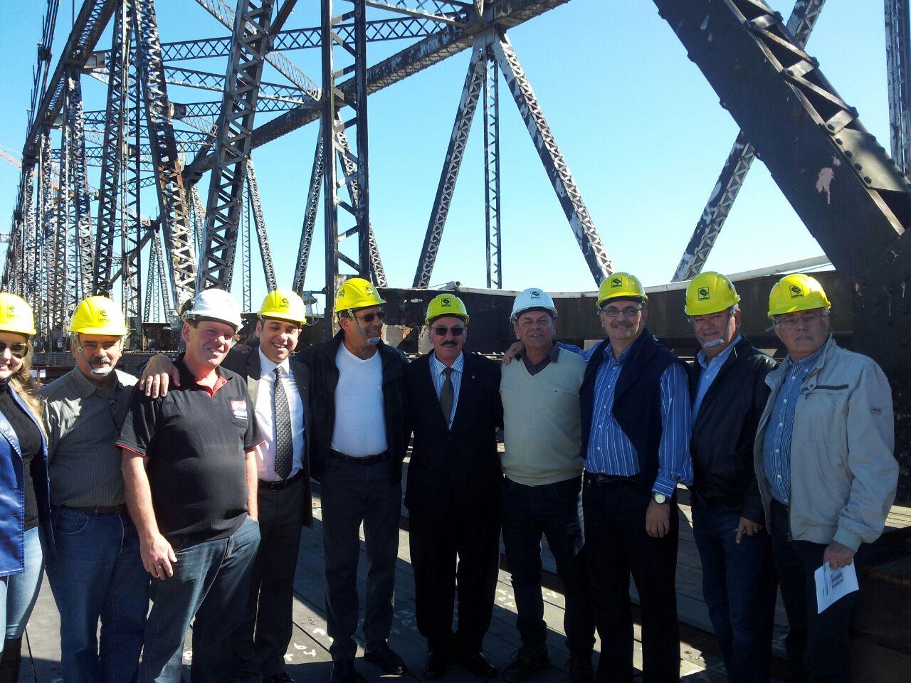 Senge-SC e ACE acompanham obra de recuperação da Ponte Hercílio Luz