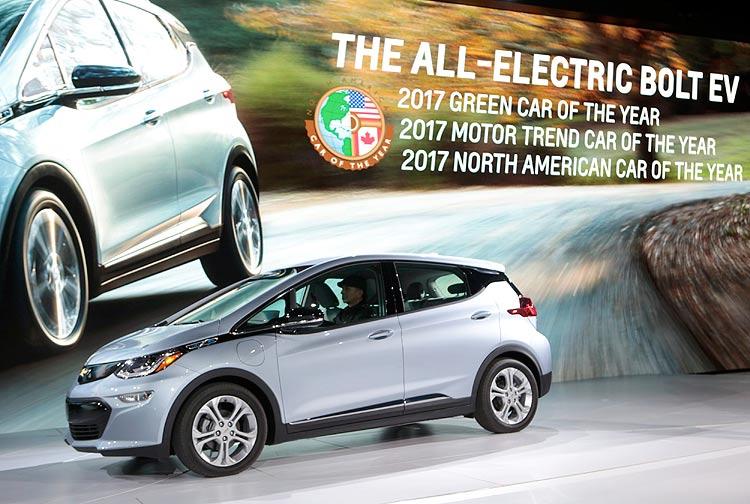 Automóvel elétrico é eleito o 'carro do ano' nos EUA pela primeira vez