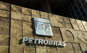 Especialistas denunciam desmonte da Petrobras e impacto sobre setor industrial