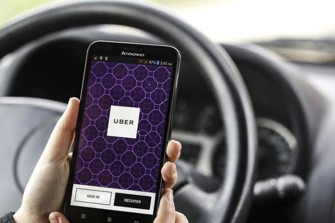 Uber passa a aceitar pagamento com cartão de débito no aplicativo