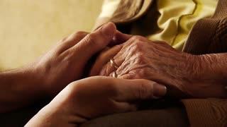Longevidade: Brasil terá mais de 300 mil centenários em 30 anos