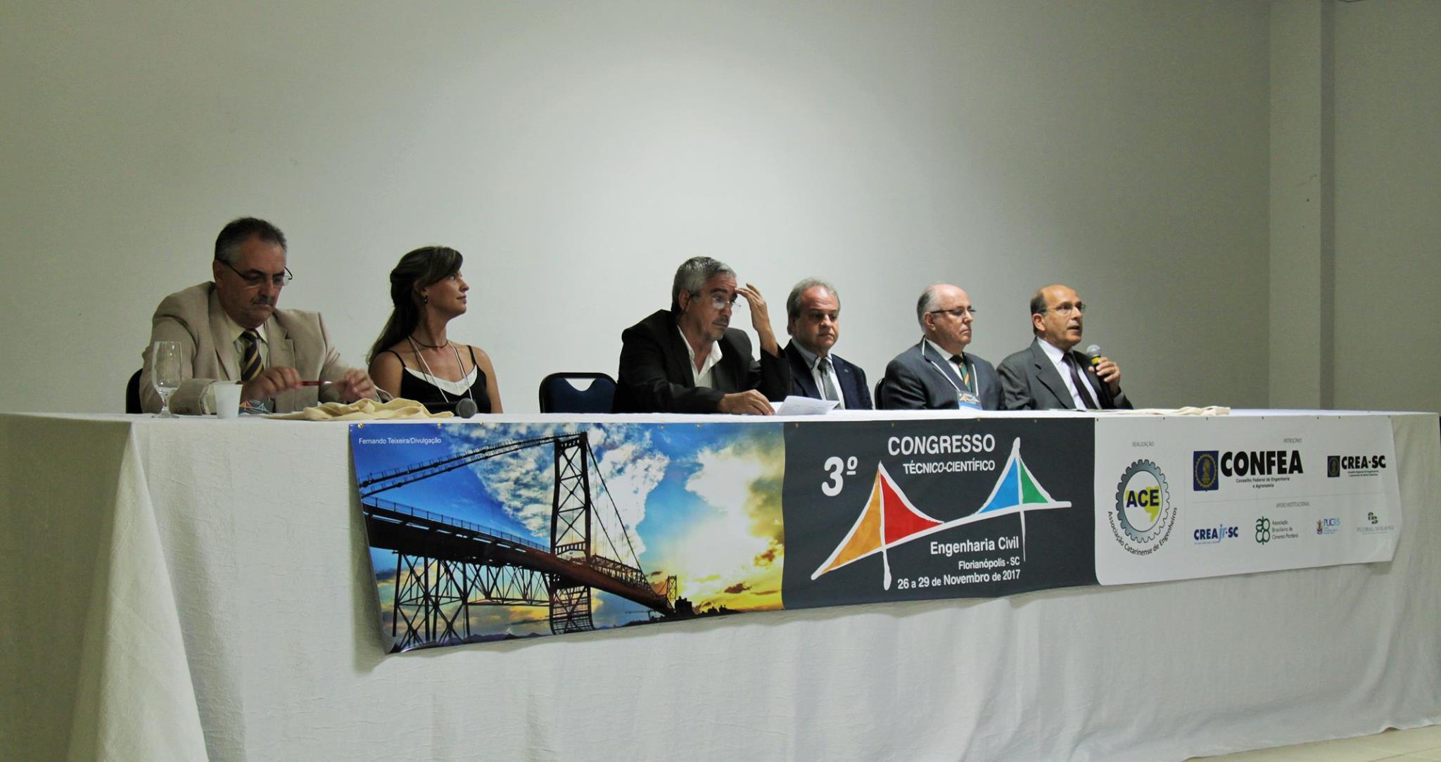 Congresso de engenharia civil reúne profissionais de todo o país em Florianópolis