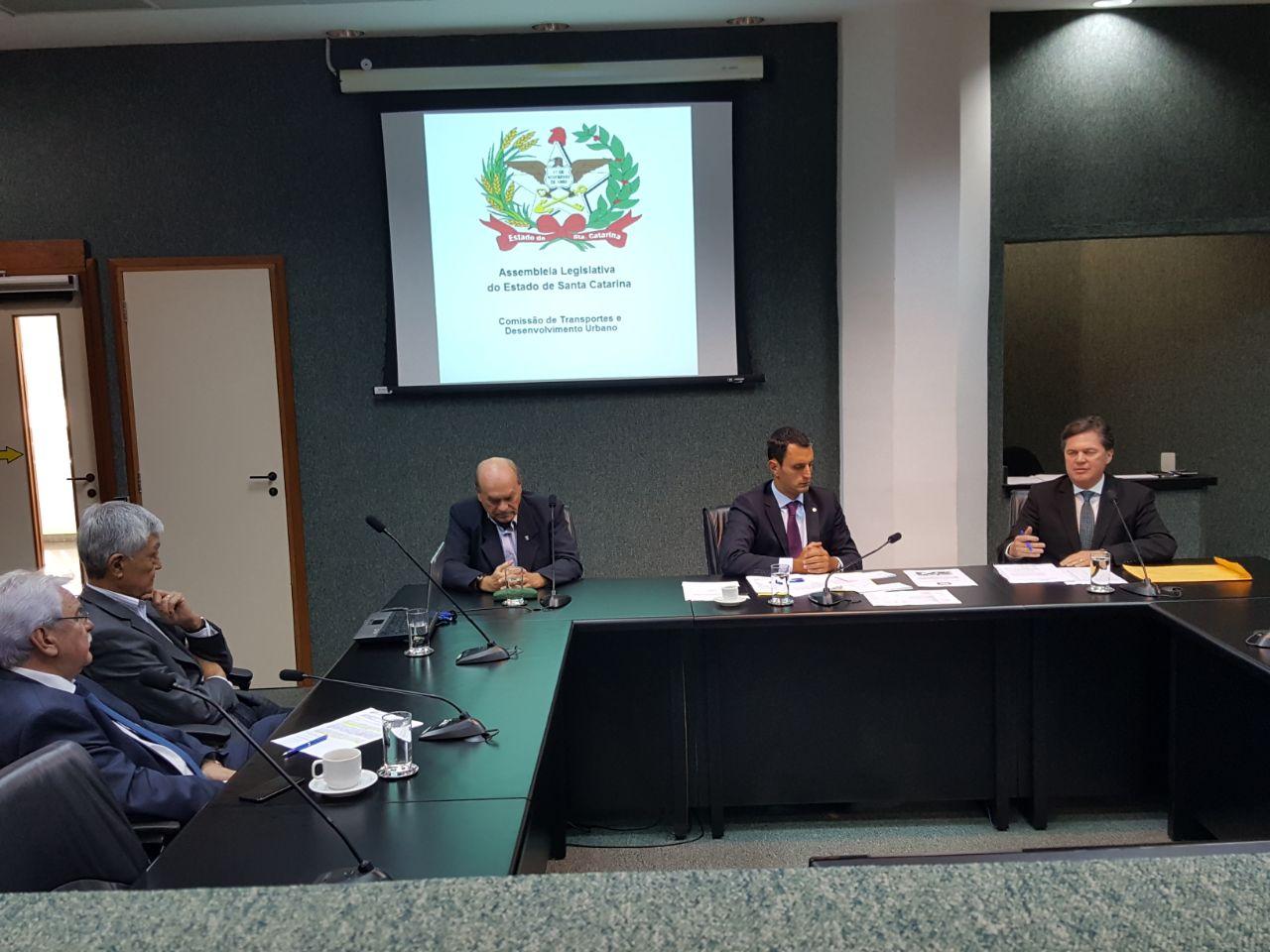 Comissão de Transportes debate situação estrutural das pontes Colombo Salles e Pedro Ivo