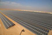 Energia solar agrega mais capacidade de geração elétrica que combustíveis fósseis