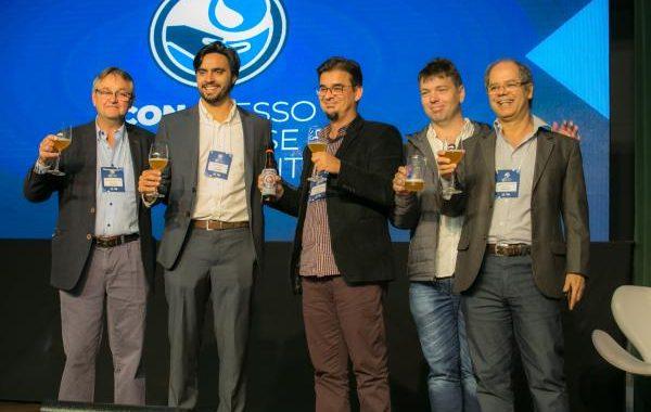 """Concasan: """"cerveja de esgoto"""" simboliza mensagem da importância de reutilização da água"""
