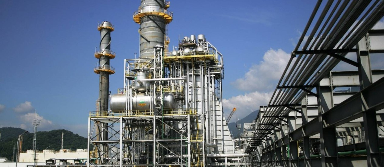 Comitê decide manter acionamento de usinas termelétricas mais caras