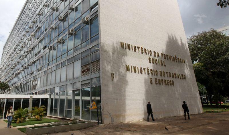 Confirma extinção do Ministério do Trabalho