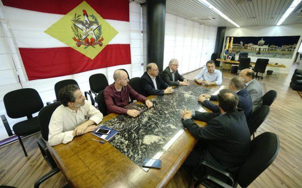 Governador abre agenda para o Comdes no segundo dia após a posse