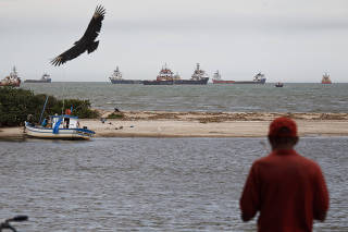 Governo vai propor divisão de recursos do petróleo com estados