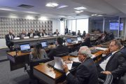 Medida provisória que altera marco legal do saneamento recebe críticas