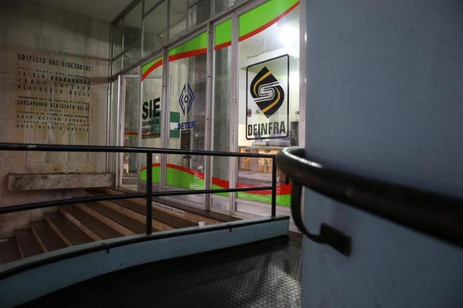 Entidades da engenharia protestam contra projeto de lei que extingue o Deinfra