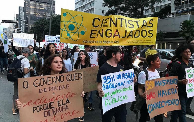 Campanha SOS Ciência quer a retomada de investimentos