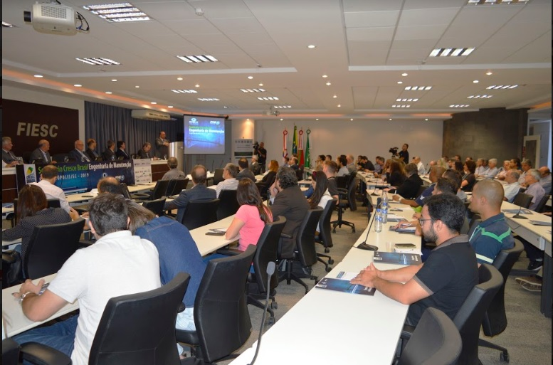 Seminário do Senge-SC abre o debate sobre manutenção de obras de arte especiais