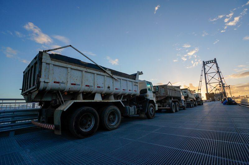 Etapa do teste de carga aprova a nova estrutura da Ponte Hercílio Luz