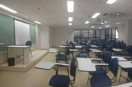 Faculdade de Engenharia de São Paulo fecha as portas