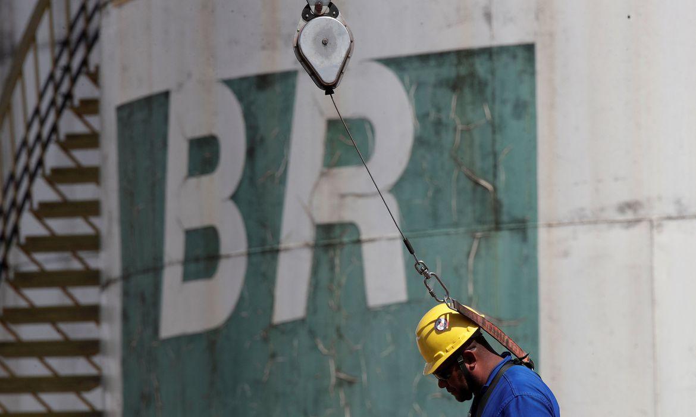 Petrobras recupera venda de combustíveis e receitas no 3º trimestre