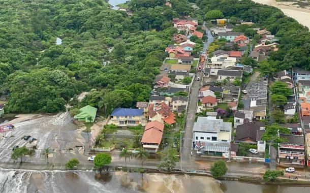 Desastre na lagoa de evapoinfiltração da ETE Lagoa da Conceição
